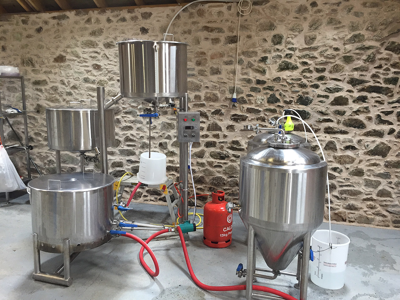 1.2 Hectalitre Pilot/Nanobrewery with 1.2HL Uni-tanks