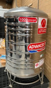 1000: Water Wine Storage Tank second-hand / for sale