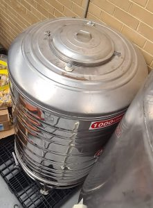 1000 Water Wine Storage Tank second-hand / for sale